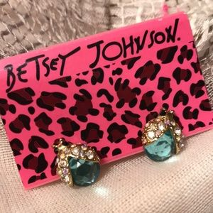 Betsey Johnson Ladybug Earrings 🐞